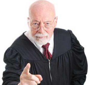 judge-inner ciritc